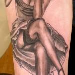 Elvgren Pin Up girl tattoo