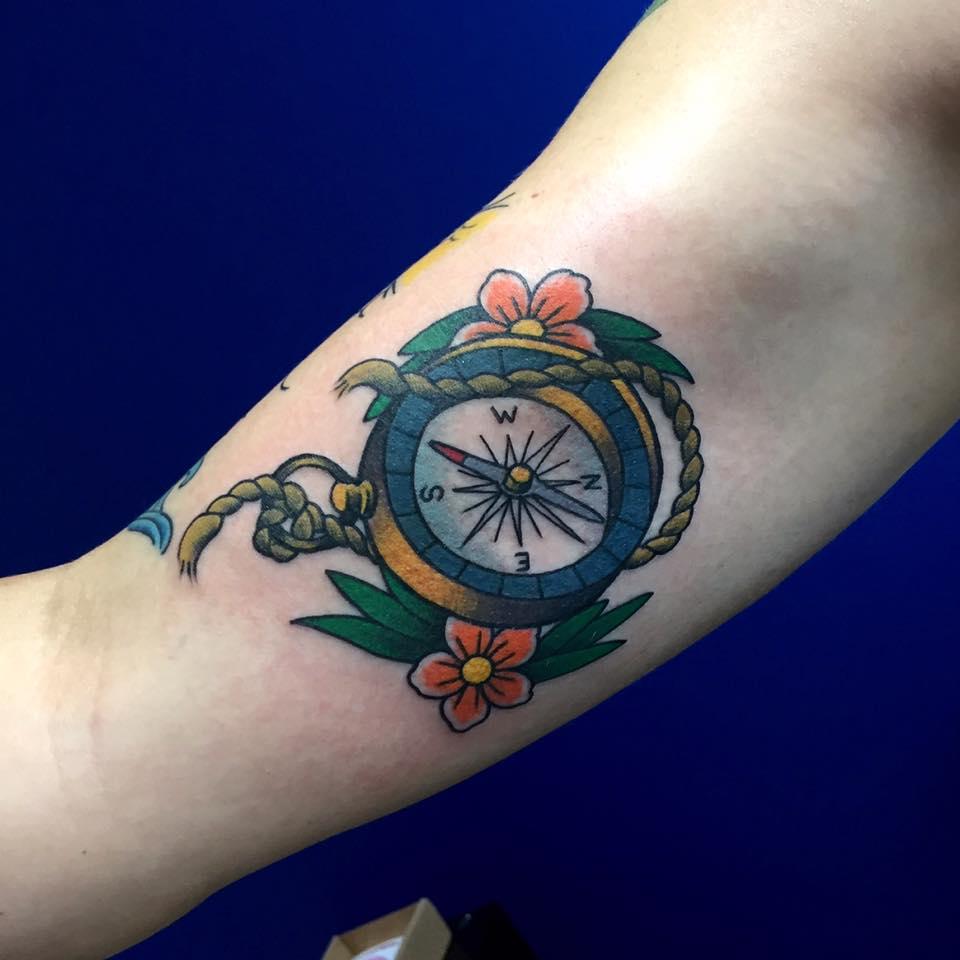 traditional compass tattoo joe kintz tattooing. Black Bedroom Furniture Sets. Home Design Ideas